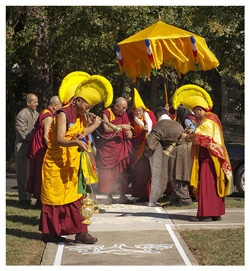 His Holiness the Dalai Lama arrives at Drepung Loseling Monastery in Atlanta on October 16th, 2010. Photo/Clay Walker