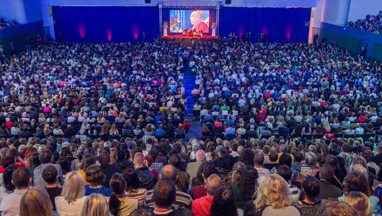 A view of the stage at the National Tennis Center during His Holiness the Dalai Lama's talk in Bratislava, Slovakia on October 16, 2016. Photo/Somogyi