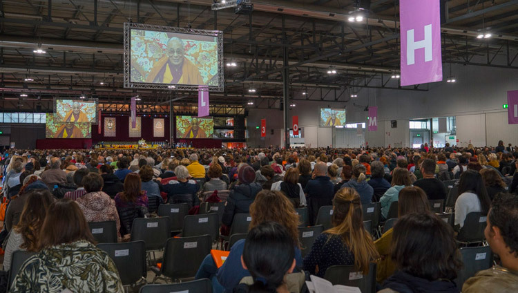 A view of the stage at Rho Fiera Milano hall, venue for His Holiness the Dalai Lama's teachings in Milan, Italy on October 21, 2016. Photo/Tenzin Choejor/OHHDL