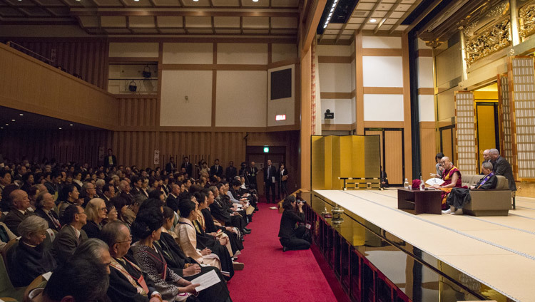 His Holiness the Dalai Lama speaking to an audience of over 500 people at Higashi Honganji Temple in Kyoto, Japan on November 9, 2016. Photo/Jigme Choephel