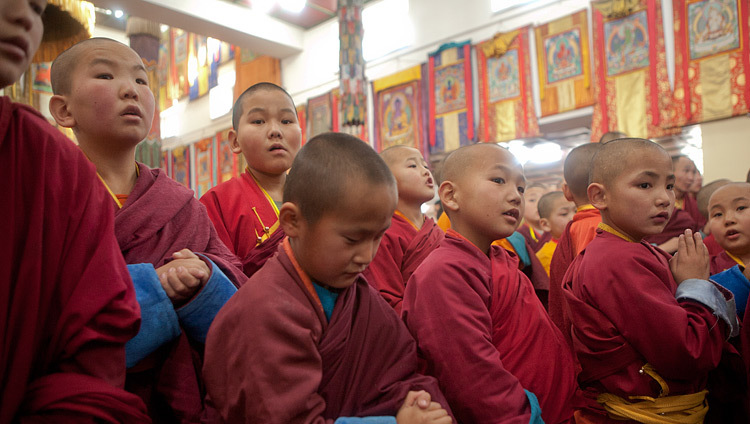 Young monks waiting for His Holiness the Dalai Lama to arrive at Yiga Choeling Dratsang in Ulannbaatar, Mongolia on November 19, 2016. Photo/Igor Yanchoglov