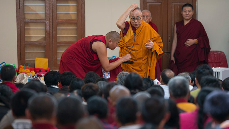 His Holiness the Dalai Lama addressing pilgrims from Tibet at Ganden Lachi Monastery in Mundgod, Karnataka, India on December 23, 2016. Photo/Tenzin Choejor/OHHDL