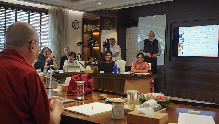 Arun Kapur, Director of Vasant Valley School delivering his presentation during the meeting with the Core Committee Working on the Curriculum for Universal Values in New Delhi, India on April 28, 2017. Photo by Jeremy Russell/OHHDL