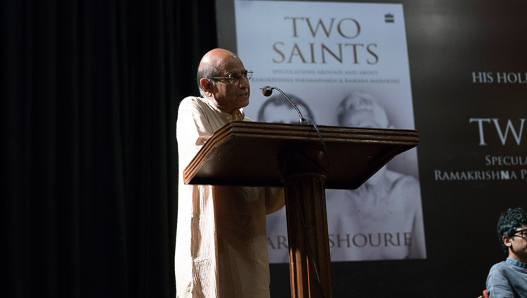 "Shyam Saran speaking at the launch of Arun Shourie's book ""Two Saints"" at the Indian International Centre in New Delhi, India on May 25, 2017. Photo by Tenzin Choejor/OHHDL"