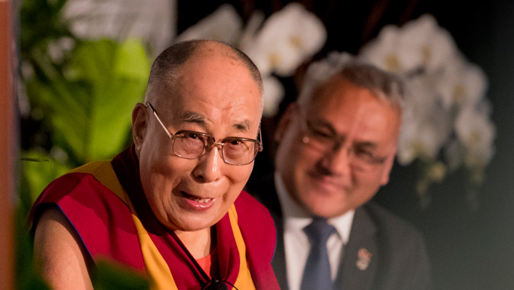 His Holiness the Dalai Lama speaking to members of the Tibetan community in San Diego, CA, USA on June 18, 2017. Photo by Erik Jepsen/UCSD