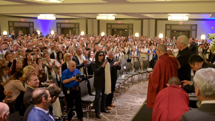 Over 2000 Starkey employees welcoming His Holiness the Dalai Lama as he arrives for an interactive session at Starkey Hearing Technologies in Minneapolis, MN, USA on June 22, 2017. Photo by Starkey Hearing Foundation