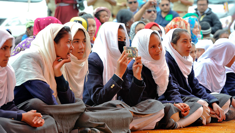 Students listening to His Holiness the Dalai Lama speaking at Anjuman Moen-Ul-Islam, a local Muslim school, in Padum, Zanskar, J&K, India on July 18, 2017. Photo by Lobsang Tsering/OHHDL