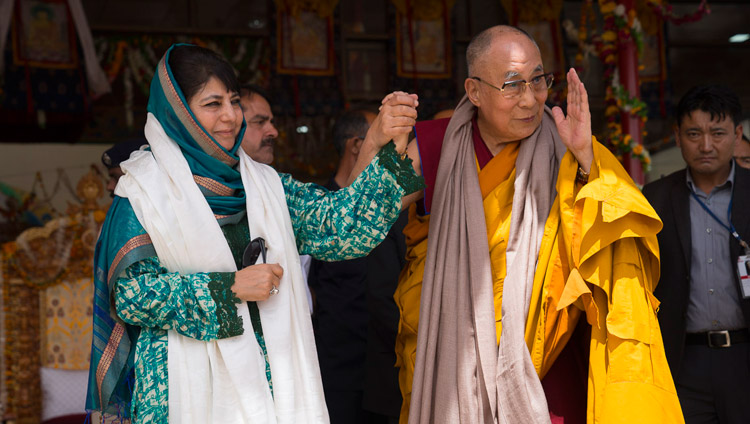 His Holiness the Dalai Lama with Jammu & Kashmir Chief Minister Mehbooba Mufti Sayeed on the final day of his teachings in Leh, Ladakh, J&K, India on July 30, 2017. Photo by Tenzin Choejor/OHHDL