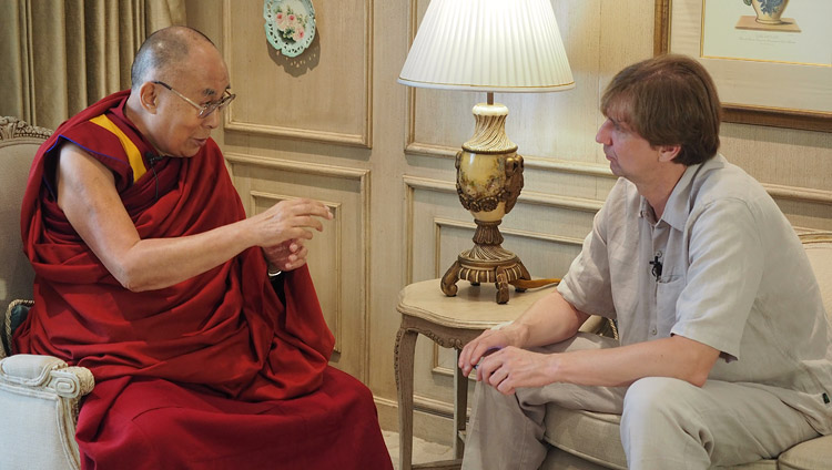 Stanislav Kucher of Kommersant Russian Newspapers interviewing His Holiness the Dalai lama in New Delhi, India on August 8, 2017. Photo by Jeremy Russell/OHHDL
