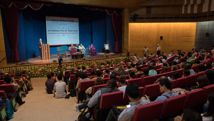 A view of the hall at Teen Murti Bhavan at the conclusion of the Editor's Guild's Rajendra Mathur Memorial Lecture in New Delhi, India on August 9, 2017. Photo by Tenzin Choejor/OHHDL