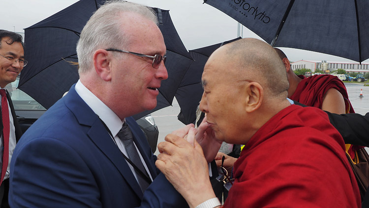 Richard Moore greeting His Holiness the Dalai Lama on his arrival in Derry, Northern Ireland, UK on September 10, 2017. Photo by Jeremy Russell/OHHDL