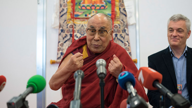 His Holiness the Dalai Lama speaking to members of the media in Riga, Latvia on September 23, 2017. Photo by Tenzin Choejor