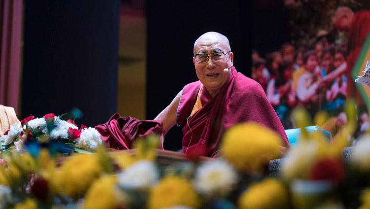 His Holiness the Dalai Lama speaking to students and teachers of the Smile Foundation at the NCUI Auditorium in New Delhi, India on November 19, 2017. Photo by Tenzin Choejor