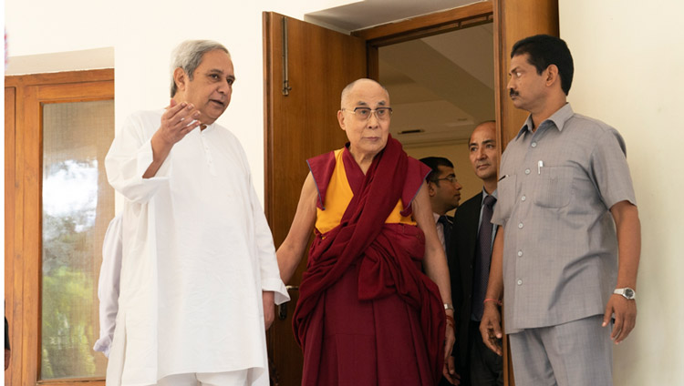 His Holiness the Dalai Lama with the Chief Minister of Odisha Naveen Patnaik's residence during his visit to Bhubaneswar, Odisha, India on November 20, 2017. Photo by Tenzin Choejor