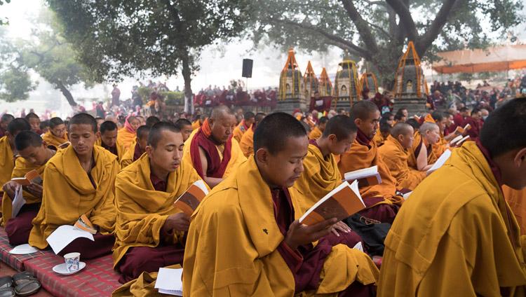Members of the monastic community joining in prayers for the late Khenpo Jigme Phuntsok at the Mahabodhi Stupa in Bodhgaya, Bihar, India on January 13, 2018. Photo by Tenzin Choejor