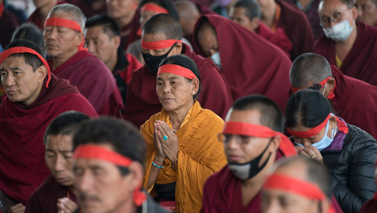 Members of the audience wearing ritual blindfolds during the Solitary Hero Vajrabhairava Empowerment being conferred by His Holiness the Dalai Lama in Bodhgaya, Bihar, India on January 21, 2018. Photo by Lobsang Tsering