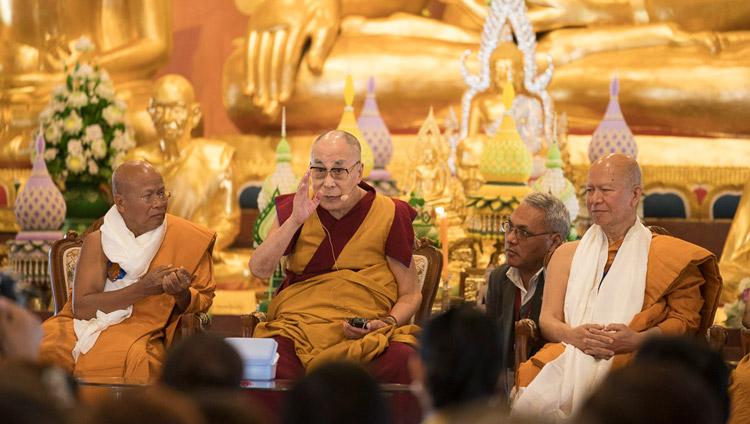 His Holiness the Dalai Lama speaking at the inauguration of the new Wat Pa Buddhagaya Vanaram Temple in Bodhgaya, Bihar, India on January 25, 2018. Photo by Tenzin Choejor