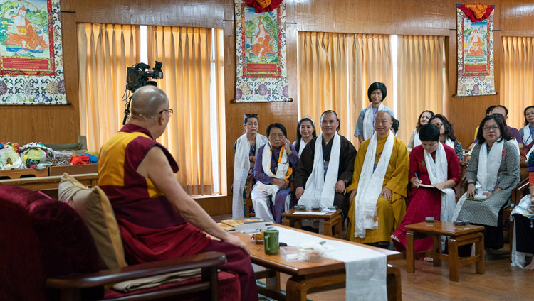 A member of the audience asking His Holiness the Dalai Lama a questions during his meeting with groups from Vietnam at his residence in Dharamsala, HP, India on May 21, 2018. Photo by Tenzin Choejor
