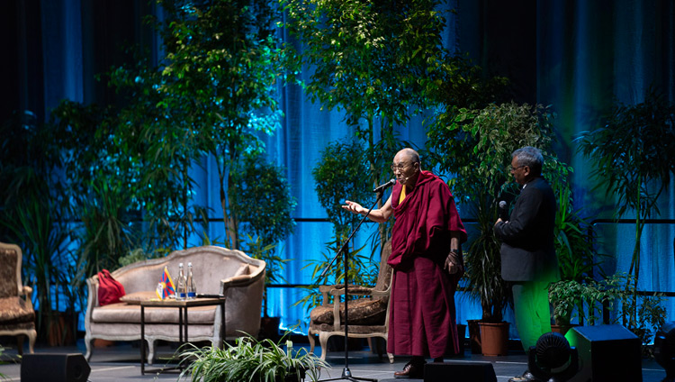 His Holiness the Dalai Lama addressing the audience of over 2500 at the Siemens Arena in Vilnius, Lithuania on June 14, 2018. Photo by Tenzin Choejor
