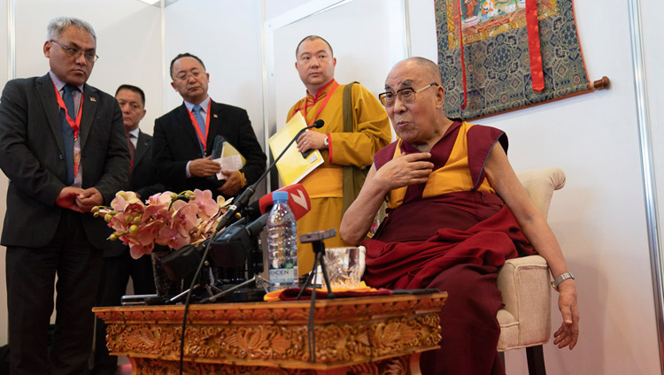 His Holiness the Dalai answering question from members of the media during their meeting in Riga, Latvia on June 16, 2018. Photo by Tenzin Choejor
