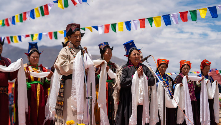 Ladakhi artists performing songs before lunch organized by LAHDC at Sindhu Ghat in Leh, Ladakh, J&K, India on July 29, 2018. Photo by Tenzin Choejor
