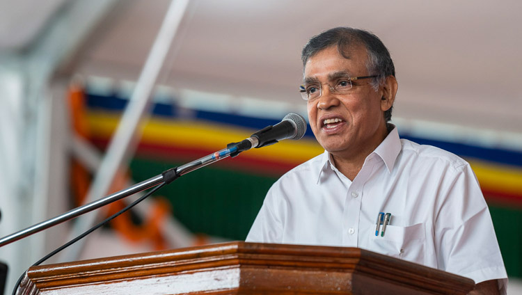 Vice-Chancellor of the University of Bangalore, Prof KR Venugopal speaking at the Dalai Lama Institute of Higher Education in Sheshagrihalli, Karnataka, India on August 13, 2018. Photo by Tenzin Choejor