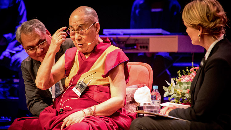 His Holiness the Dalai Lama answering questions from the audience during his talk in Malmö, Sweden on September 12, 2018. Photo by Erik Törner/IM