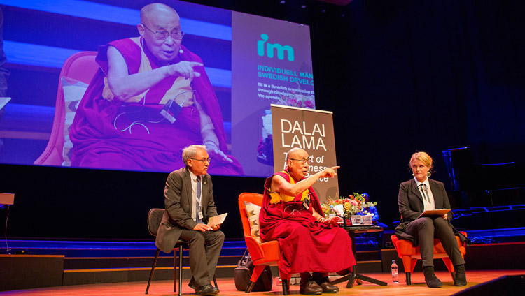 His Holiness the Dalai Lama answering questions from the audience during his talk in Malmö, Sweden on September 12, 2018. Photo by Malin Kihlström/IM