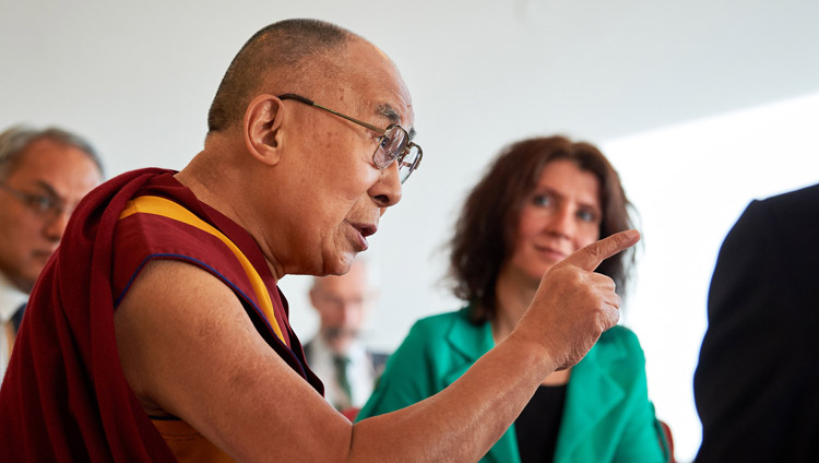 His Holiness the Dalai Lama speaking to a group of Dutch Parliamentarians in Rotterdam, the Netherlands on September 17, 2018. Photo by Olivier Adam