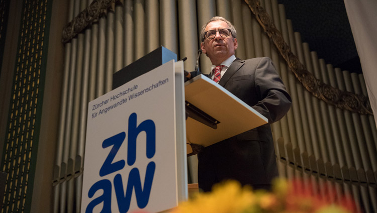 Jean-Marc Piveteau, President of ZHAW University (Zurich University of Applied Sciences) introducing the symposium at the University's Conference Center in Winterthur, Switzerland on September 24, 2018. Photo by Manuel Bauer