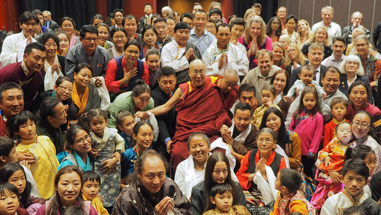 His Holiness the Dalai Lama posing for a group photos with members of the Tibetan community and Tibet support groups after their meeting in Malmö, Sweden on September 13, 2018. Photo by Jeremy Russell
