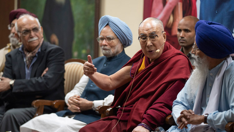 His Holiness the Dalai Lama addressing the audience at celebrations of Guru Nanak's 550th Birth Anniversary in New Delhi, India on November 10, 2018. Photo by Tenzin Choejor