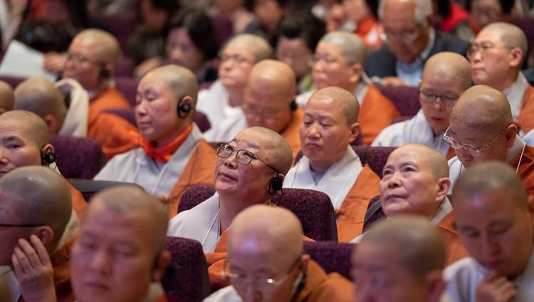 Monastics from Korea listening to His Holiness the Dalai Lama's teaching in Yokohama, Japan on November 14, 2018. Photo by Tenzin Choejor