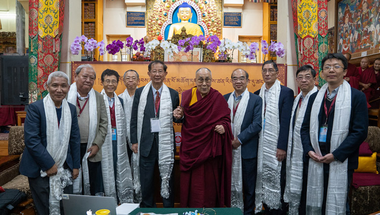His Holiness the Dalai Lama and fellow participants posing for a group photo at the conclusion of the dialogue with Chinese scientists about quantum effects at the Main Tibetan Temple in Dharamsala, HP, India on November 3, 2018. Photo by Ven Tenzin Jamphel