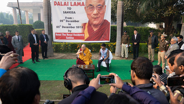 His Holiness the Dalai Lama meeting with members of the local media on the lawn of his hotel in Sankisa, UP, India on December 4, 2018. Photo by Lobsang Tsering