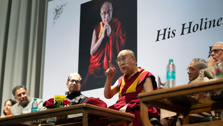 His Holiness the Dalai Lama addressing the gathering at the 1st Yuvraj Krishan Memorial Lecture at Siri Fort Auditorium in New Delhi, India on December 8, 2018. Photo by Lobsang Tsering
