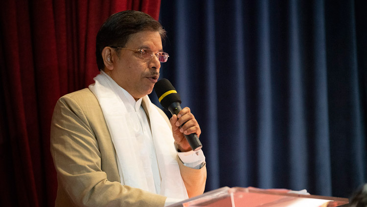 Vice-Chancellor Prof Subhas Pednekar addressing the Conference on the Concept of 'Maitri' or 'Metta' in Buddhism at the University of Mumbai in Mumbai, India on December 12, 2018. Photo by Lobsang Tsering