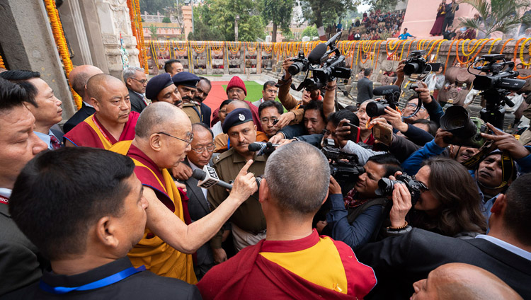 His Holiness the Dalai Lama speaking to members of the press at the Mahabodhi Temple in Bodhgaya, Bihar, India on December 17, 2018. Photo by Tenzin Choejor