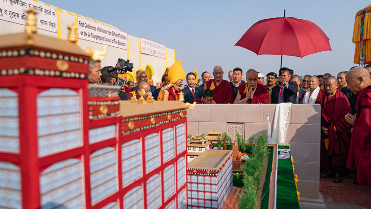 His Holiness the Dalai Lama laying the foundation stone for the prospective Samye Ling Tibetan Buddhist Nalanda Academy in Bodhgaya, Bihar, India on December 19, 2018. Photo by Lobsang Tsering