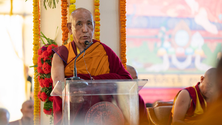 Ganden Tri Rinpoché speaking at the Conference on Tsongkhapa's 'Essence of True Eloquence' in Bodhgaya, Bihar, India on December 19, 2018. Photo by Lobsang Tsering