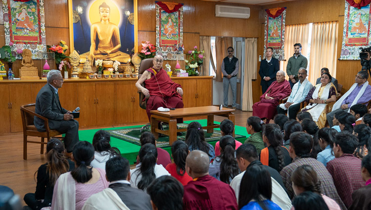 His Holiness the Dalai Lama speaking to a group of students from North Indian universities at his residence in Dharamsala, HP, India on October 25, 2019. Photo by Tenzin Choejor