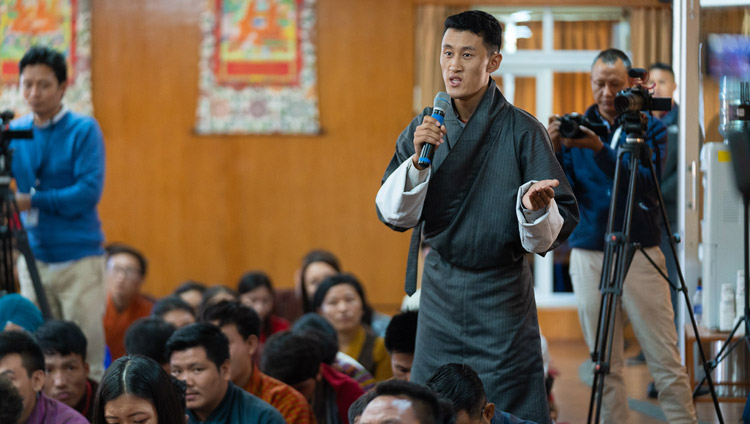 A student in the audience asking His Holiness the Dalai Lama a question during their meeting at his residence in Dharamsala, HP, India on October 25, 2019. Photo by Tenzin Choejor