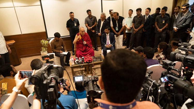 His Holiness the Dalai Lama meeting with media representatives in Aurangabad, Maharashtra, India on November 23, 2019. Photo by Tenzin Choejor