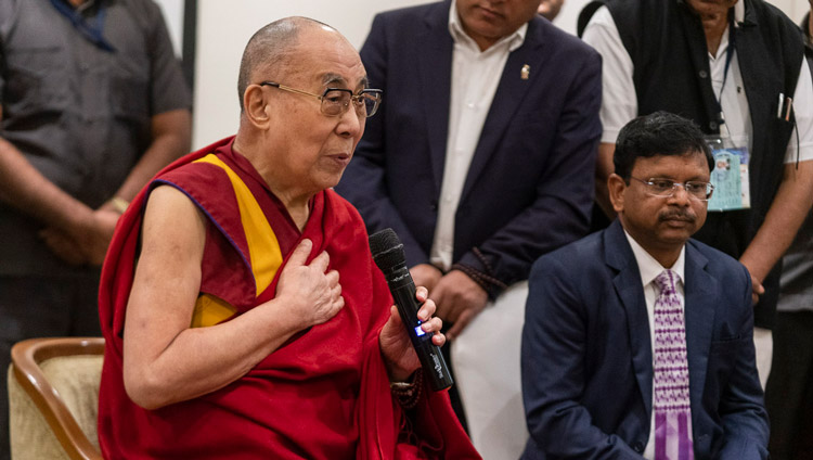 His Holiness the Dalai Lama speaking to members of the media in Aurangabad, Maharashtra, India on November 23, 2019. Photo by Tenzin Choejor