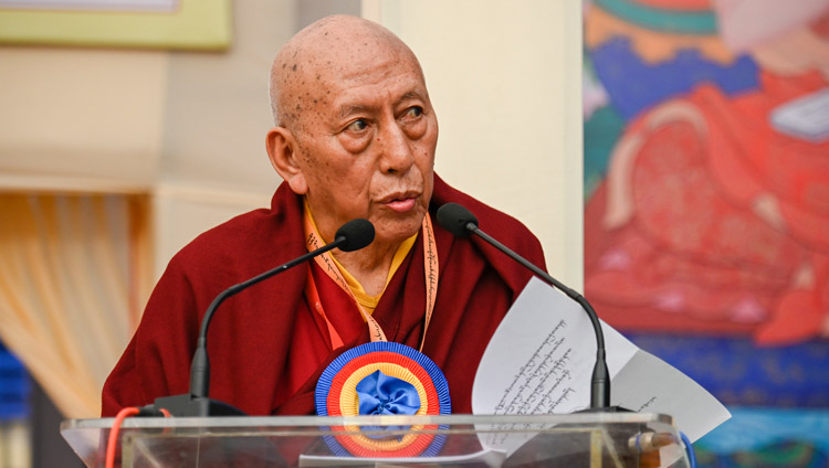 Prof Samdhong Rinpoché delivering the opening presentation at the Symposium on Monastic Education to mark the 25th anniversary of Kirti Jepa Dratsang in Dharamsala, HP, India on December 7, 2019. Photo by Manuel Bauer