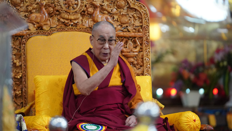 His Holiness the Dalai Lama sharing his thoughts at the Symposium on Aryadeva's '400 Verses on the Middle Way' at the Drepung Loseling Assembly Hall in Mundgod, Karnataka, India on December 17, 2019. Photo by Lobsang Tsering