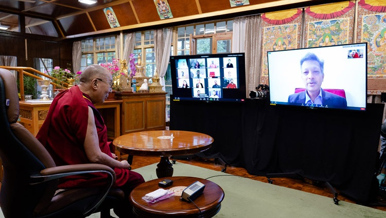 Prof Raman Mittal of the Delhi University Law Faculty welcoming His Holiness the Dalai Lama to the virtual meeting with students from Indian educational institutions by video link from his residence in Dharamsala, HP, India on July 29, 2020. Photo by Ven Tenzin Jamphel