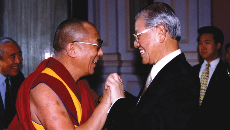 His Holiness the Dalai Lama with Taiwanese President Lee Teng-hui in Taipei, Taiwan on March 27, 1997.