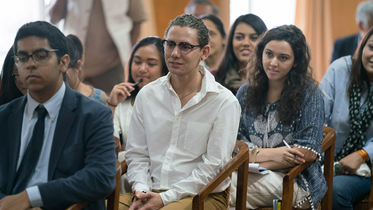Students from hte University of California San Diego listening to His Holiness the Dalai Lama at his residence in Dharmasla, HP, India on September 6, 2017. Photo by Tenzin Choejor/OHHDL