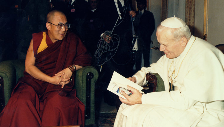 His Holiness the Dalai Lama and His Holiness Pope John Paul II at the Vatican on June 14, 1988.